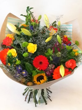Bouquets: Happy Bunch