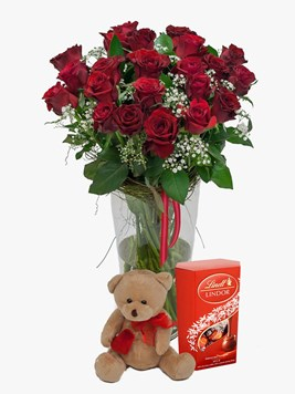 Subscriptions:  Red Rose Vase & Million Stars with Teddy & Lindt Lindor