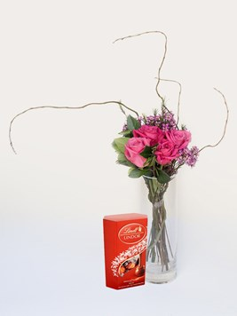 Arrangements: Small and Stylish with Lindt Lindor